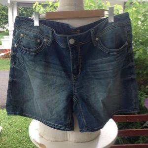 Womans seven jean shorts.